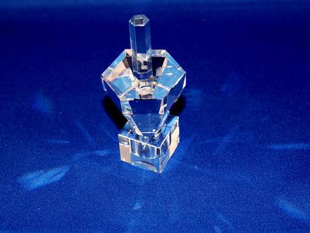 Picture of #550 Hexagon Crystal Dreidel