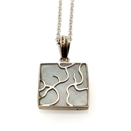 Picture of #B539-B Black Mussel and Sterling Silver Tree of Life