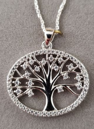 Picture of S330 Oval Tree of Life with CZ leaves